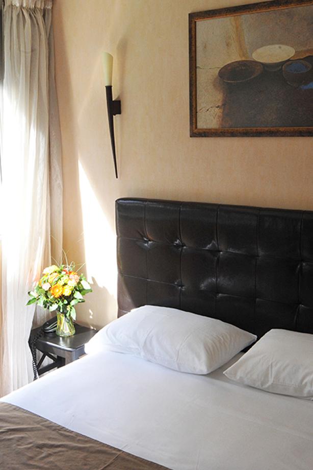Hôtel Astoria à Saint Etienne - Chambre confort - Chambres récemment rénovées, modernes et confortables.